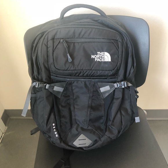 2d428049c The North Face Recon Backpack Women's Fit
